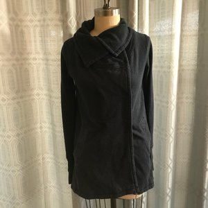Lululemon Snap Up Sweater Wrap Size 6